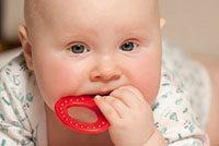признаки того, что режутся зубы