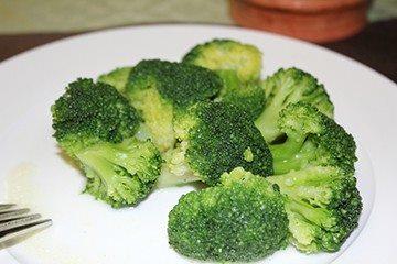 отварная брокколи