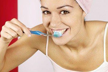 здоровая и правильная чистка зубов
