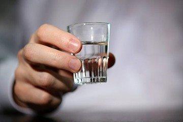 от алкоголя хочется пить