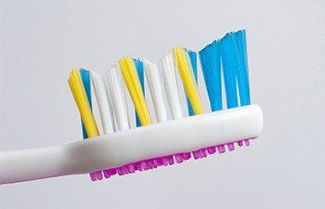 жесткость зубной щетки